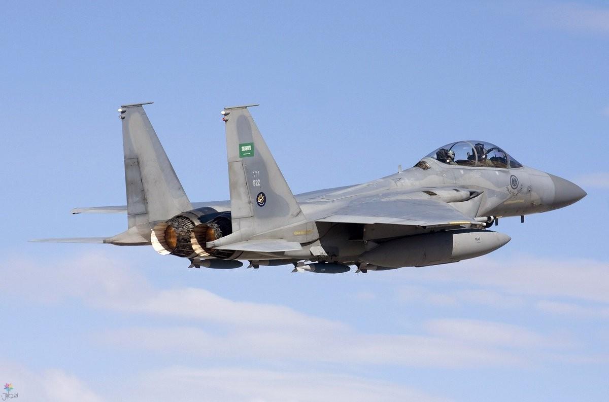 طيران التحالف يدمر مخزن أسلحة للمليشيا شمالي حجة